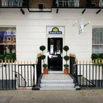 Days Inn Hyde Park Hotel