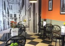 Cafe Amici's