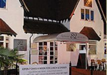 Restaurant 82