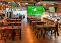 Sports Bar and Grill Canary Wharf