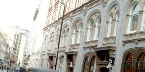L S E Grosvenor House