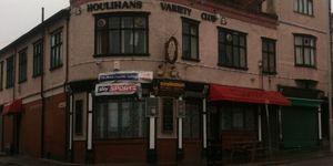 Houlihans Variety Club