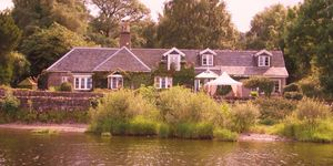 Waters Edge Cottage