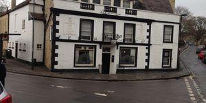 Larkhall Inn